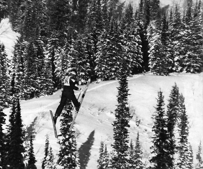 Jody Jumping Skiing